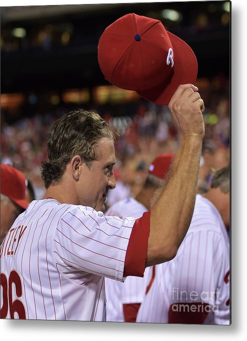 Crowd Metal Print featuring the photograph Chase Utley by Drew Hallowell