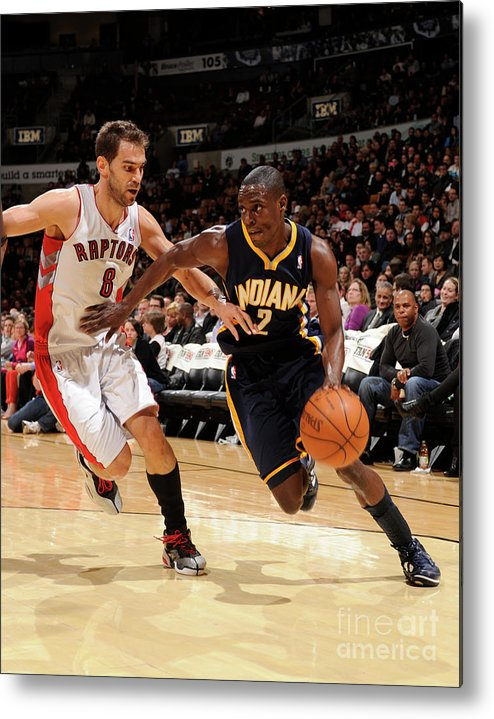 Nba Pro Basketball Metal Print featuring the photograph Darren Collison by Ron Turenne