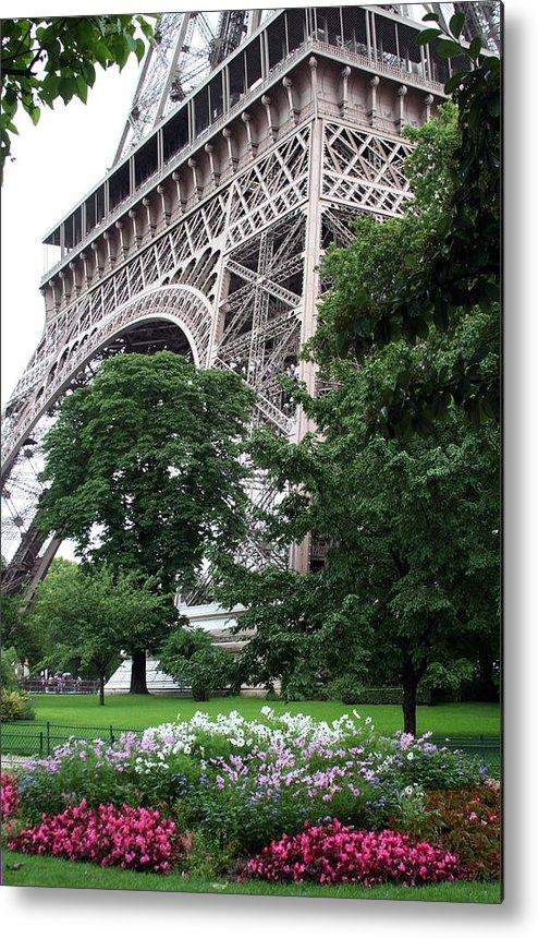 Eiffel Metal Print featuring the photograph Eiffel Tower Garden by Margie Wildblood