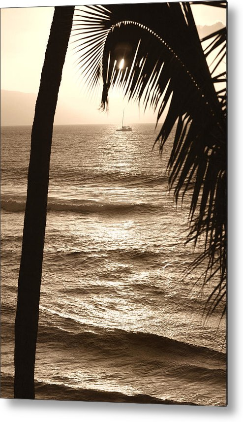 Hawaii Metal Print featuring the photograph Ship In Sunset by Marilyn Hunt