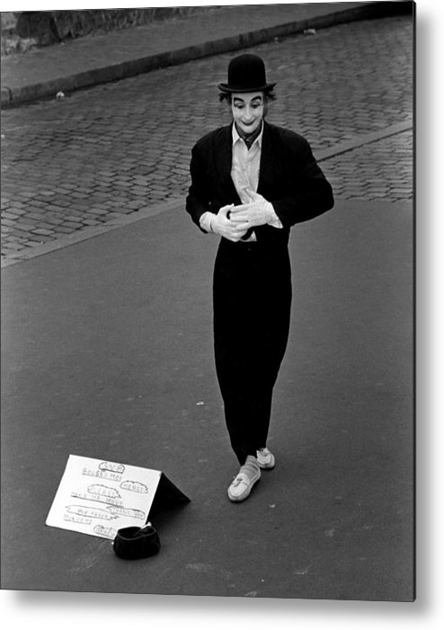 Paris Metal Print featuring the photograph Paris Mime by Michael Anderson