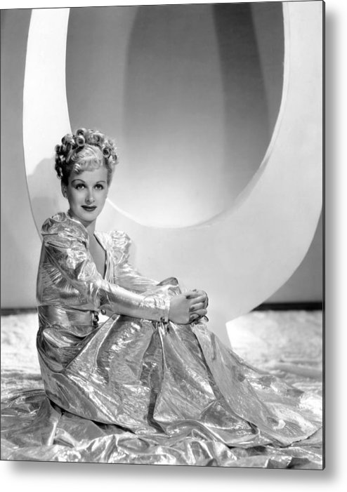 1930s Fashion Metal Print featuring the photograph Artists And Models Abroad, Joan Bennett by Everett