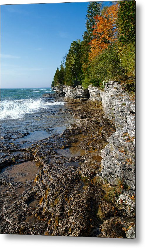 door County Metal Print featuring the photograph Cave Point County Park by Chuck De La Rosa