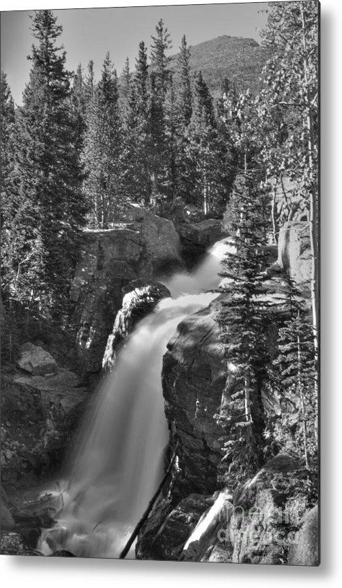 Albert Falls Metal Print featuring the photograph Alberta Falls In B-w by David Bearden