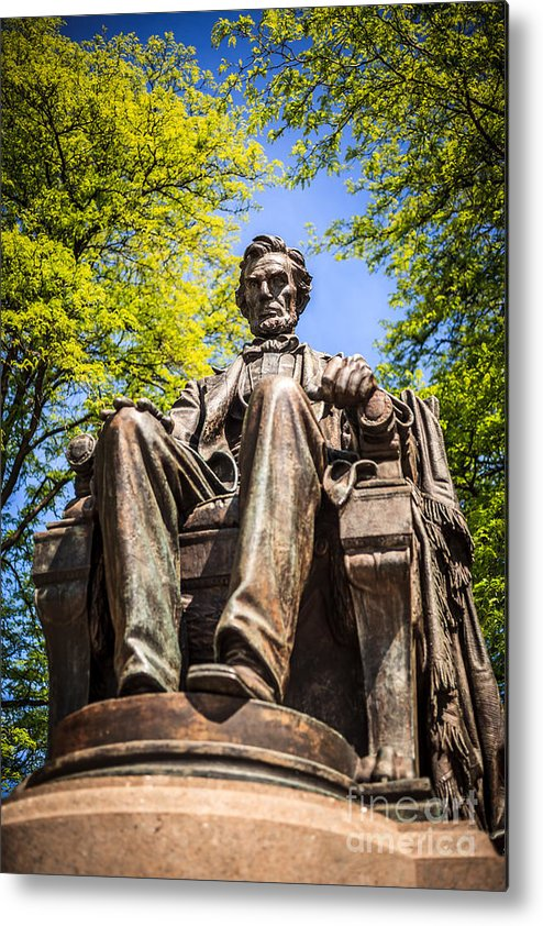 Abraham Metal Print featuring the photograph Chicago Abraham Lincoln Sitting Statue by Paul Velgos