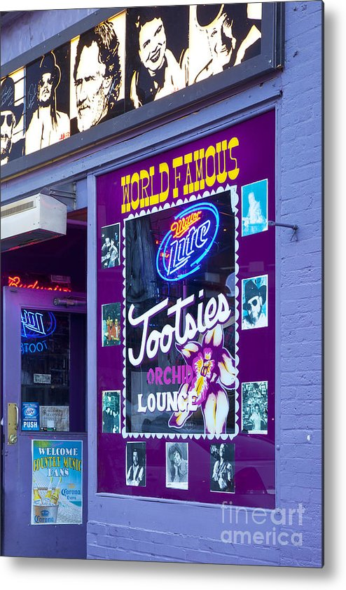 Tootsies Metal Print featuring the photograph Tootsies Nashville by Brian Jannsen