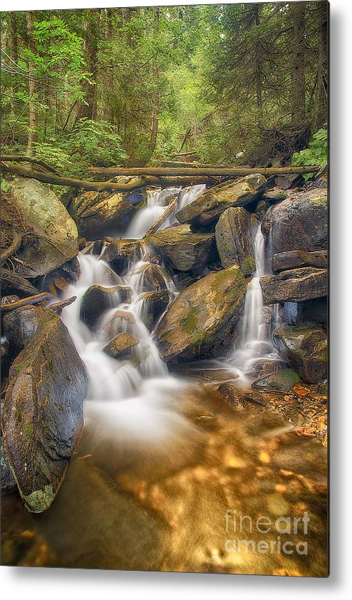 Usa Metal Print featuring the photograph White And Rocky Hdr by Mitch Johanson