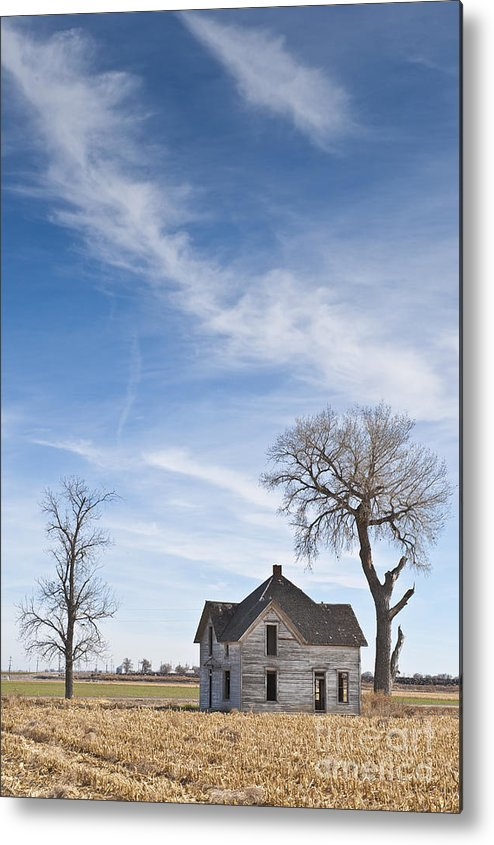 Abandoned Metal Print featuring the photograph Abandoned House In Field by Dave & Les Jacobs