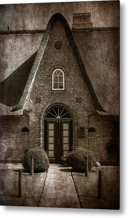 House Metal Print featuring the photograph Thatch by Joana Kruse