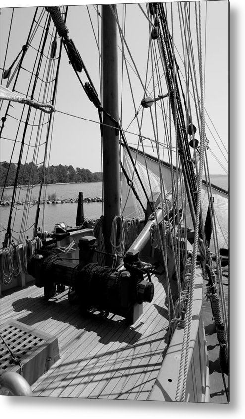 Jamestown Metal Print featuring the photograph Boat 2 by Jim Johnson