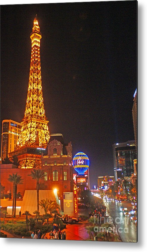 Las Vegas Metal Print featuring the photograph Eiffel Tower by Randy Harris