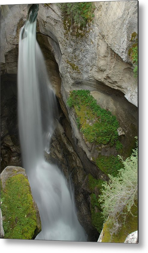 Maligne Canyon Metal Print featuring the photograph Maligne Canyon 2 by Robert Caddy
