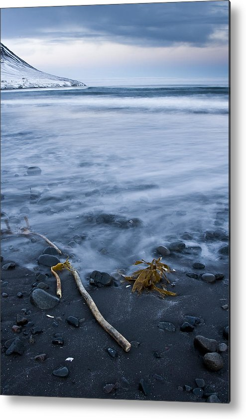 Iceland Photographs Metal Print featuring the photograph The Lovely Seascape by Hordur Finnbogason