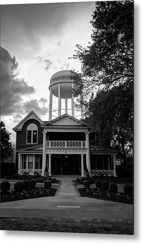 Bentonville Arkansas Metal Print featuring the photograph Bentonville Arkansas Water Tower - Black And White by Gregory Ballos