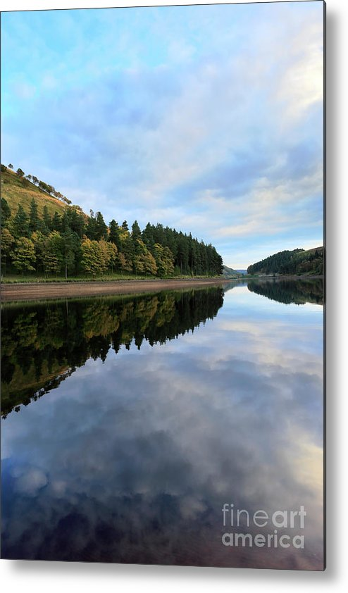 Autumn Metal Print featuring the photograph Autumn Derwent Reservoir Derbyshire Peak District by Dave Porter