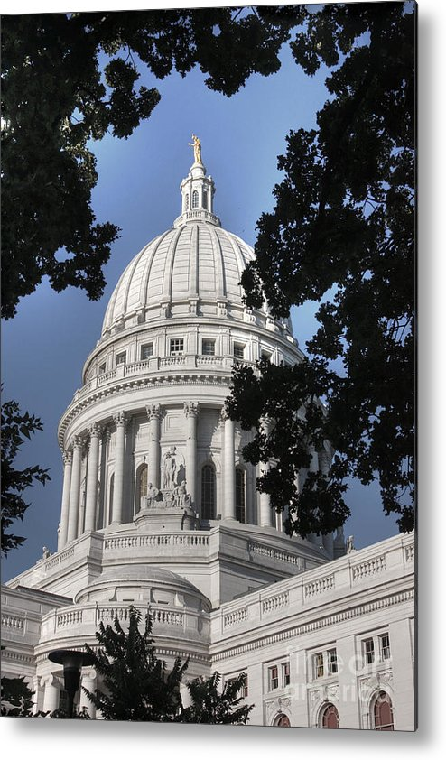 Madison Wisconsin Metal Print featuring the photograph Framed Capitol by David Bearden