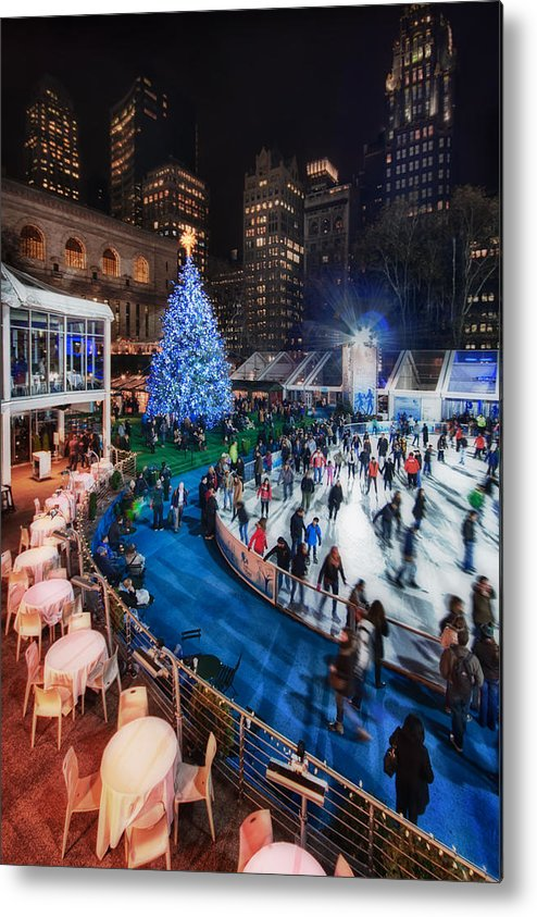 Bryant Park Metal Print featuring the photograph If I Could Make December Stay by Evelina Kremsdorf