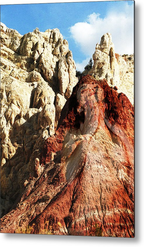 Kodachrome Basin Metal Print featuring the photograph Kodachrome Nymph 2 by Richard Henne
