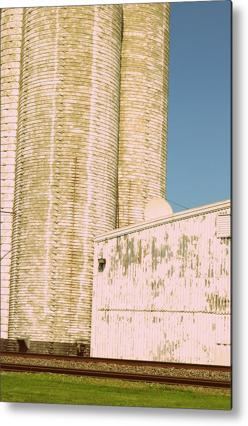 Silo Metal Print featuring the photograph Midwestern Monarch by Paulette B Wright