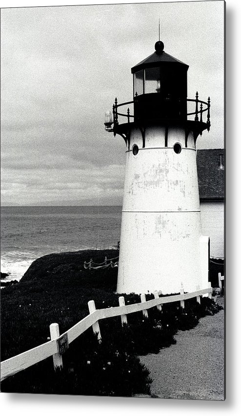 Lighthouse Metal Print featuring the photograph Montara Lighthouse by Kathy Yates