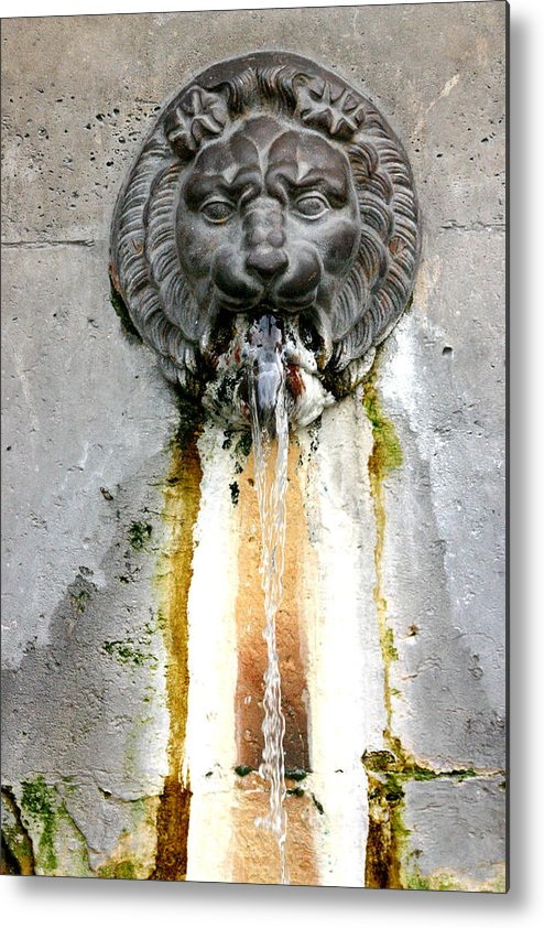 Metal Print featuring the photograph Paris - Waterfountain by Jennifer McDuffie