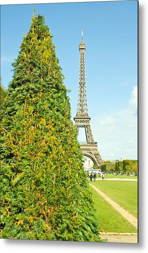 Eiffel Metal Print featuring the photograph Paris Towers by V S