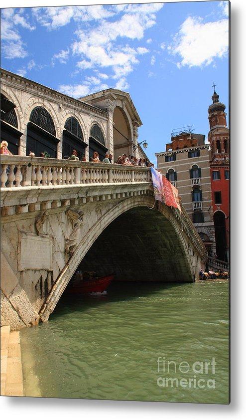 Venice Metal Print featuring the photograph Rialto Bridge In Venice by Michael Henderson