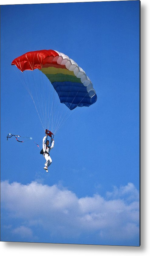 Tennessee Metal Print featuring the photograph Skydiving - 1 by Randy Muir