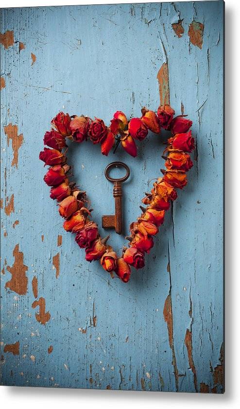 Love Rose Heart Wreath Key Metal Print featuring the photograph Small Rose Heart Wreath With Key by Garry Gay