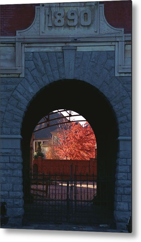 Tennessee Metal Print featuring the photograph The Old Tennessee Brewery by Bob Guthridge