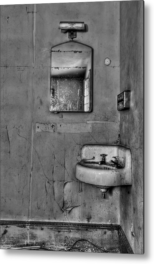 Wall Metal Print featuring the photograph Wash Away Your Fears by Evelina Kremsdorf
