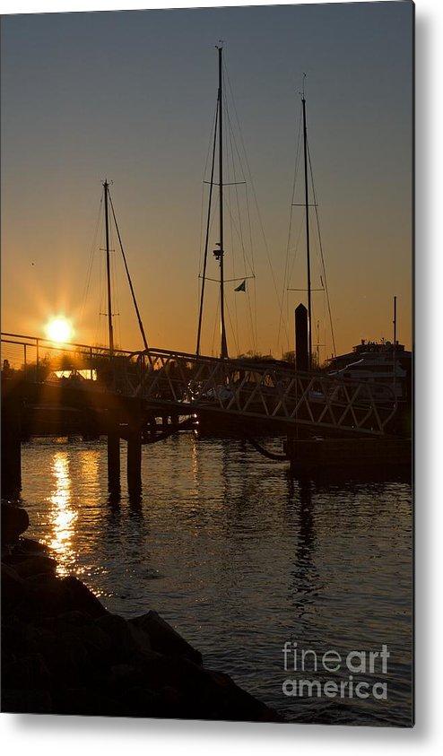 Annapolis Metal Print featuring the photograph Winter Sunset At Annapolis Harbour by Hideaki Sakurai