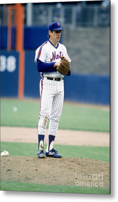 Tom Seaver Metal Print featuring the photograph Mlb Photos Archive 80 by Rich Pilling