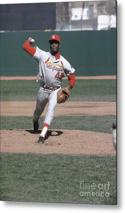 St. Louis Cardinals Metal Print featuring the photograph Bob Hall by Louis Requena