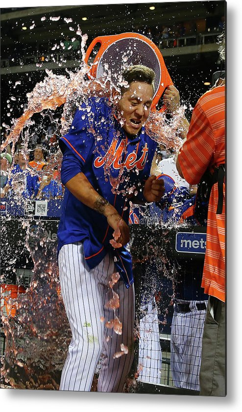 Three Quarter Length Metal Print featuring the photograph Wilmer Flores by Mike Stobe