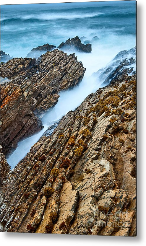 Montana De Oro Metal Print featuring the photograph The Jagged Rocks And Cliffs Of Montana De Oro State Park In California by Jamie Pham