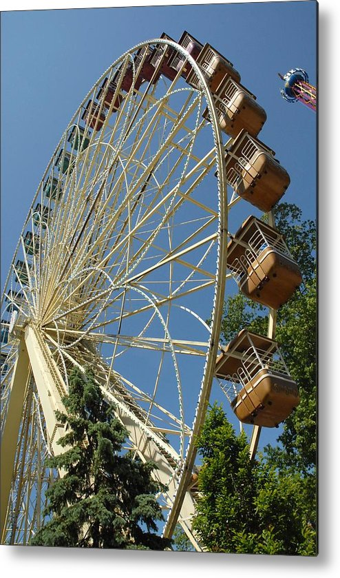 Larger Ferris Wheels Metal Print featuring the photograph Amusement 39 by Joyce StJames