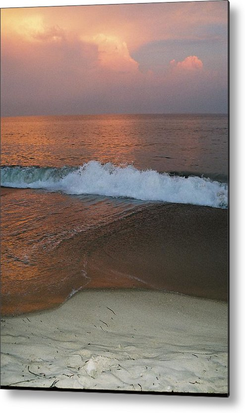 Sea Scape Metal Print featuring the photograph Charlestown's Sunset by Cheryl Martin