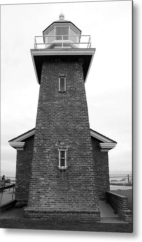 Santa Cruz Metal Print featuring the photograph Santa Cruz Lighthouse by Jim Georgiana