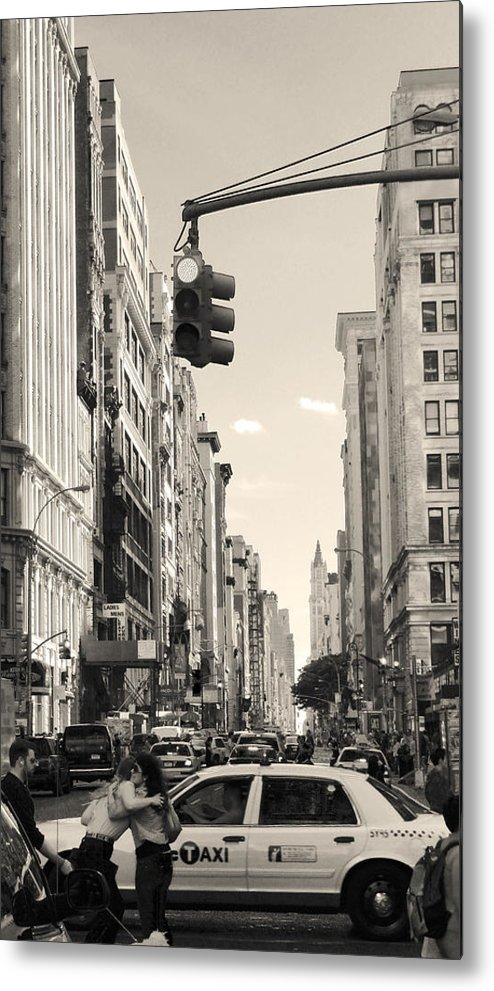 New York City Metal Print featuring the photograph Street Hug by Brandon Wunder