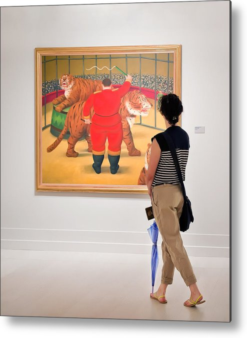 Metal Print featuring the photograph Looking At Art by Salvator Barki