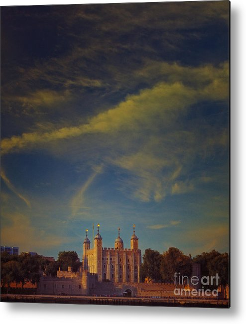 Tower Of London Metal Print featuring the photograph Tower Of London by Paul Grand