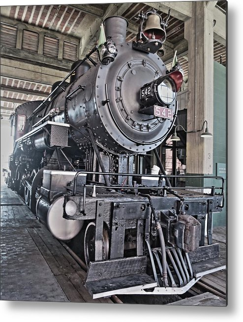 Spencer Train Shops Metal Print featuring the photograph Engine 542 Embossed by Rene Barger