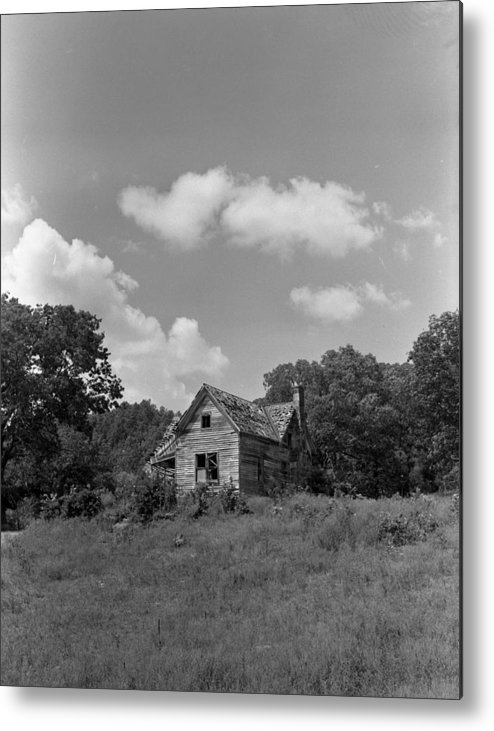 Metal Print featuring the photograph Old Housw by Curtis J Neeley Jr