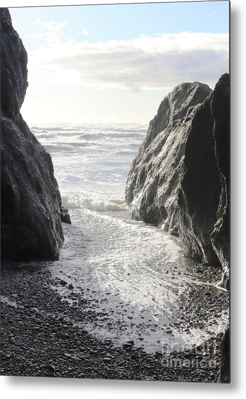 Ruby Metal Print featuring the photograph Ruby Beach Sunshine by Benjamin Hanna