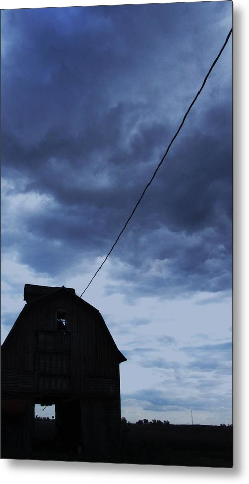 Barn With Stormy Sky Metal Print featuring the photograph Storm Acoming by Todd Sherlock