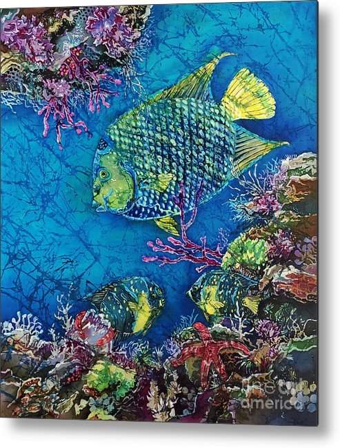 Angelfish Metal Print featuring the painting Queen Of The Sea by Sue Duda