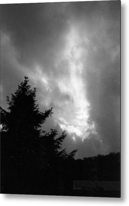 Sky Metal Print featuring the photograph 072306-31bw by Mike Davis