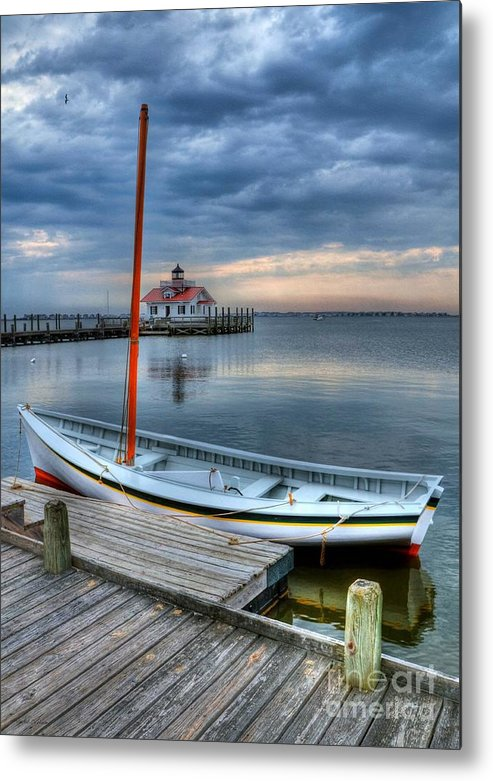 Boats Metal Print featuring the photograph Manteo Waterfront 2 by Mel Steinhauer