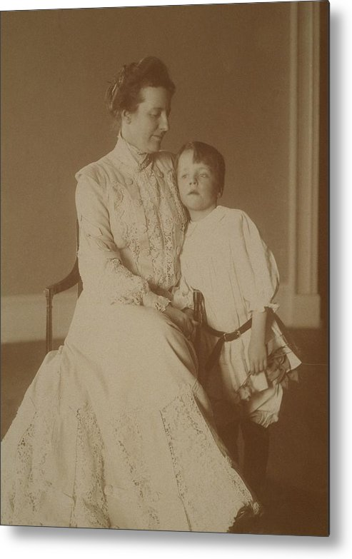History Metal Print featuring the photograph First Lady Edith Roosevelt by Everett